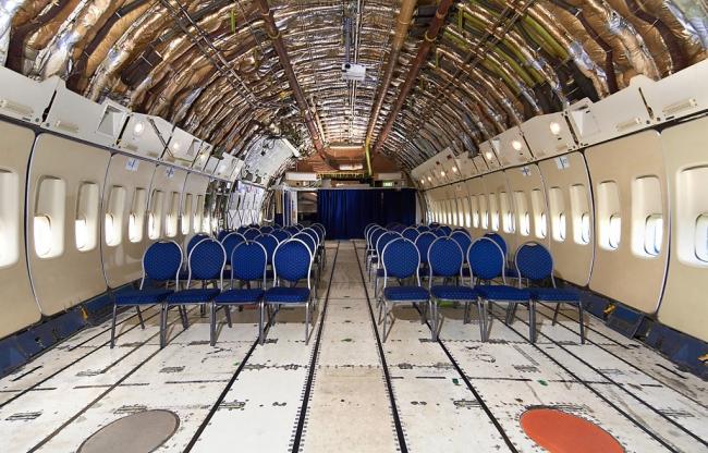 Meeting in het vrachtruim van een Boeing 747 Jumbo Jet