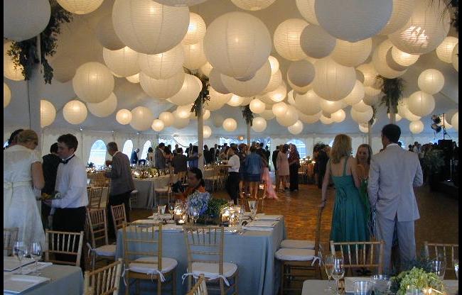 Witte lampionnen met LED verlichting