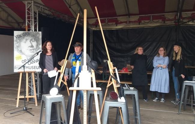 Scheuren, schateren en schilderen op de Zwarte Cross