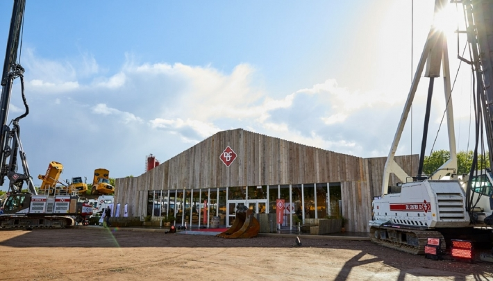 Veldeman bouwt Steamy Saloon voor jubileumfeest