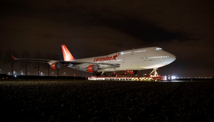 Laatste reis Corendon Boeing over land