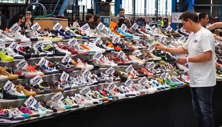 Sneakergekte in Van Nelle Fabriek Rotterdam