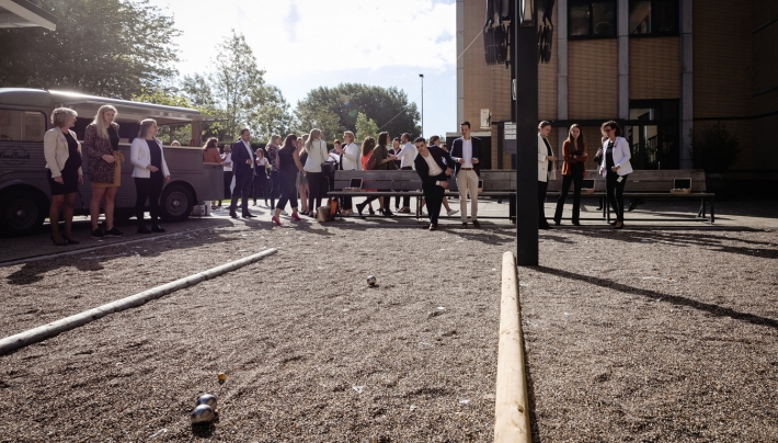 Courtyard by Marriott speelt in op Jeu-de-boules trend