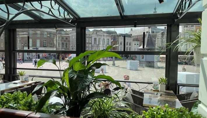 Urban Jungle in Serre van Hotel Central