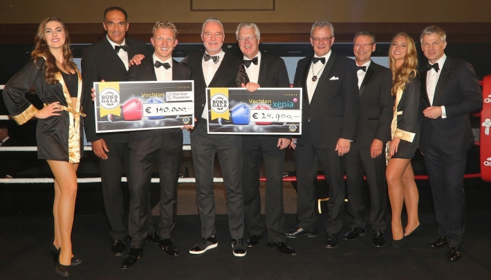 Lions Boksgala  in Grand Hotel Huis ter Duin daverend succes
