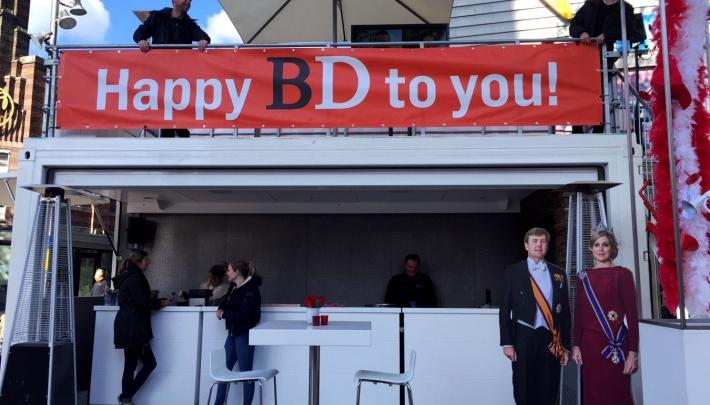 Brabants Dagblad en Live Impact wensen de koning een Happy BD