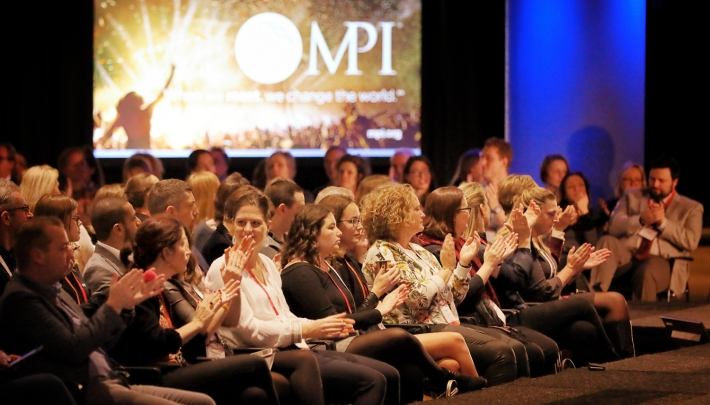 Op de foto: MPI – 'When we meet we change the world'