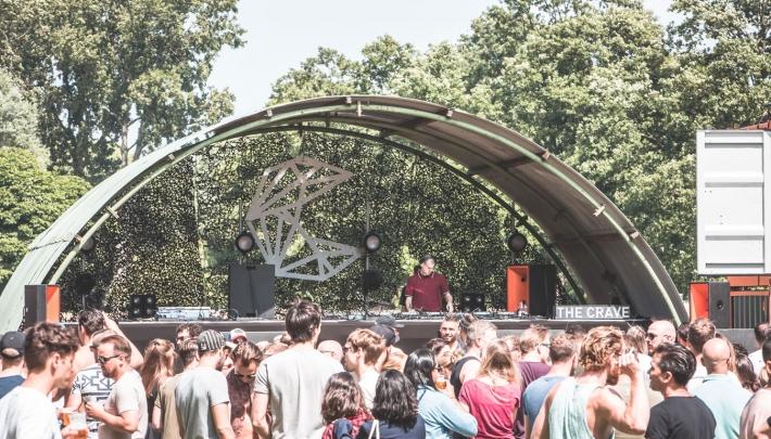 The Crave Festival schaft additionele ticketfee af