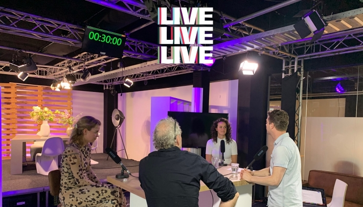 Podcast LIVELIVELIVE #7: Hete Peper & The Food Line-up nu te luisteren!