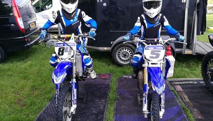 Autotron omgetoverd tot motorcross circuit