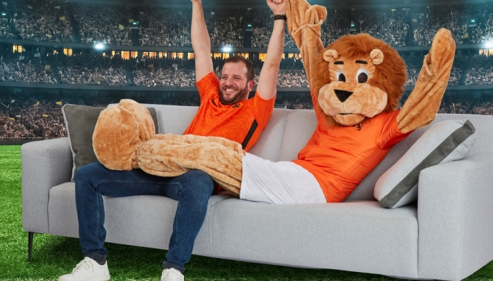 Brand New Live wint EURO2020 pitch Hisense Benelux
