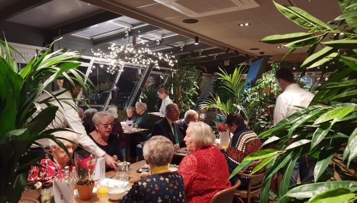 Carlton President sponsort kerstdiner Nationaal Ouderenfonds