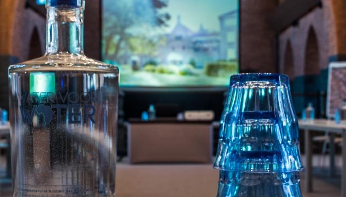 Bijdragen aan schoon drinkwater door te vergaderen bij KdK