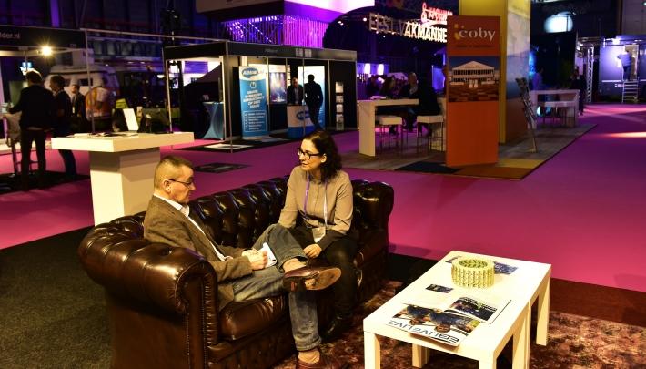 Razende reporter Samira vlogt voor event planners @eventgoodies #festivak