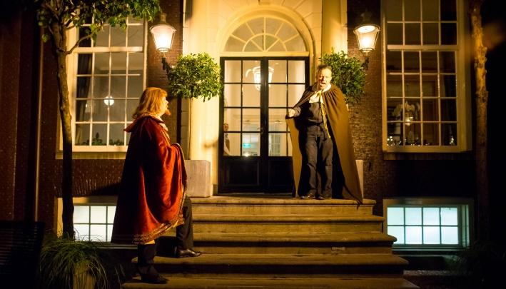 Amsterdam houdt 17e eeuw Nieuwjaar theatertraditie springlevend