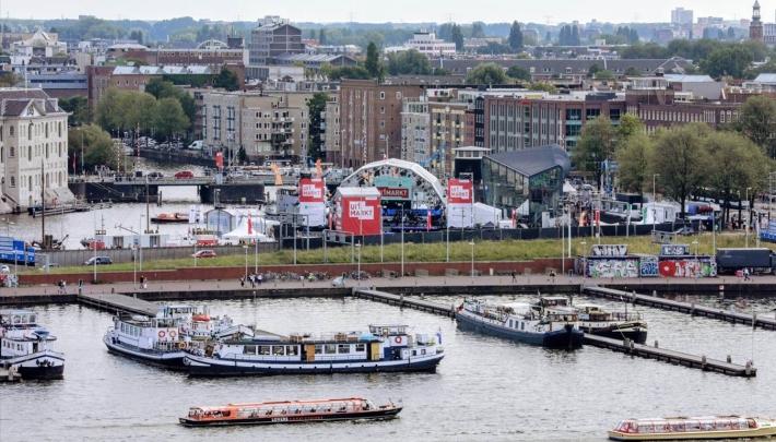 Oosterdok geslaagde locatie voor veertigste Uitmarkt
